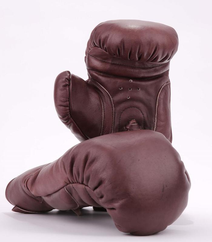 allsportvintage ballons de rugbys et sportifs en cuir personnalisables allsportvintage. Black Bedroom Furniture Sets. Home Design Ideas